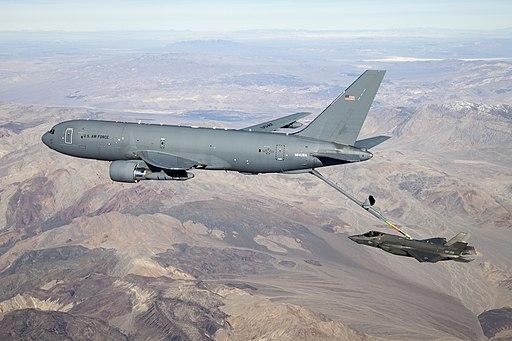 KC-46 refuels F-35 20190122