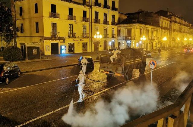 20. Squadra disinfettori dell'Esercito una delle azioni di contenimento della pandemia (002)