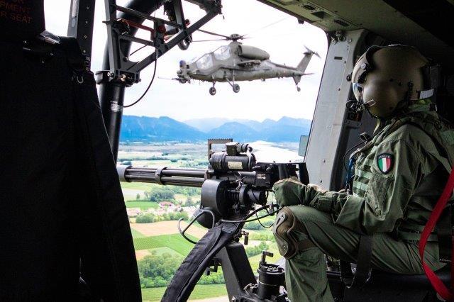 27. Aviazione dell'Esercito in addestramento (002)