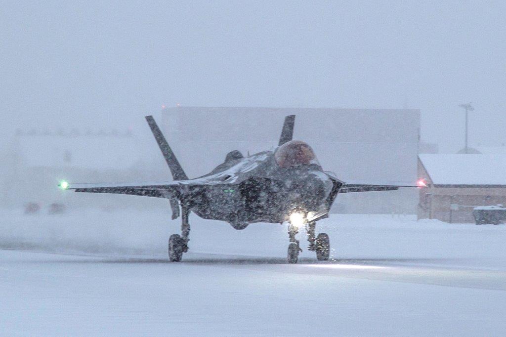 Icy RunwayTest Eielson
