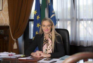 Il Sottosegretario alla Difesa Senatrice Stefania Pucciarelli (002)