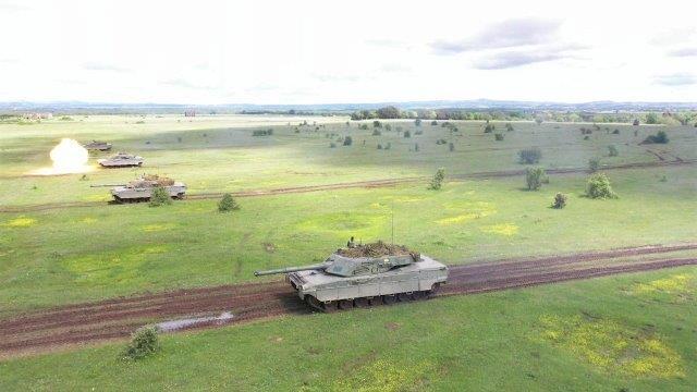 2. Plotone carri C1 Ariete del 4 reggimento carri durante l'attività a fuoco.jpg_ (002)