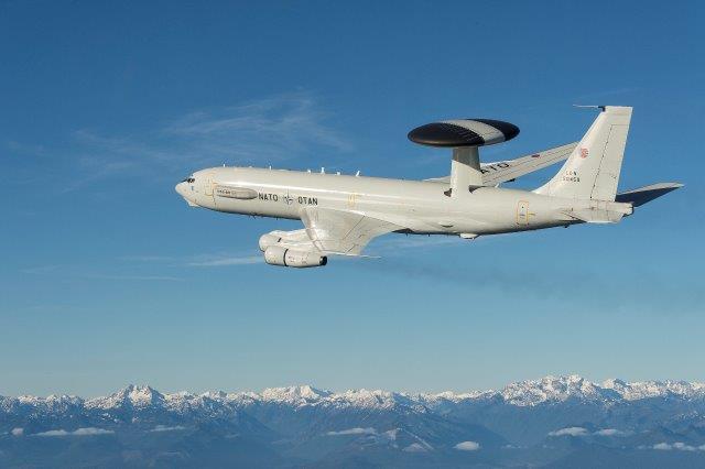 P8-9_NATO_AWACS2-002