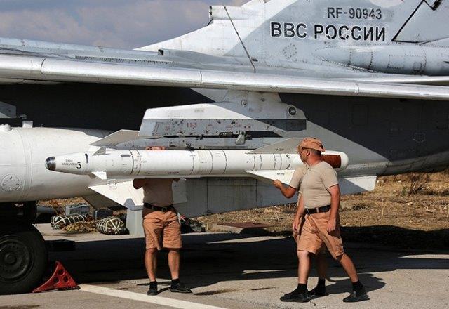 Su-24M-at-Hmeymim-airbase-TASS