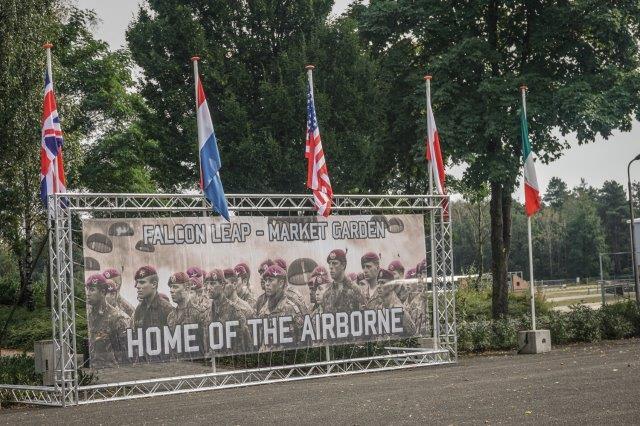 02 piazzale dell11^ air assault brigade (002) (002)